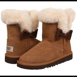 Host Pick UGG Kid's Kourtney Chestnut Boots Size 5